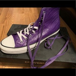 Other - Men's Converse Sneakers